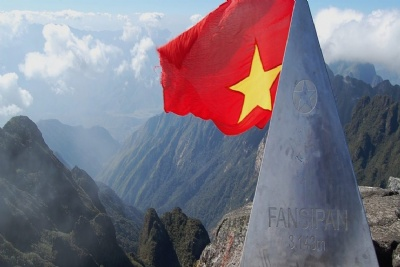 FANSIPAN CLIMBING - SAPA TREKKING 4 DAYS - 5 NIGHTS BY SLEEPING BUS