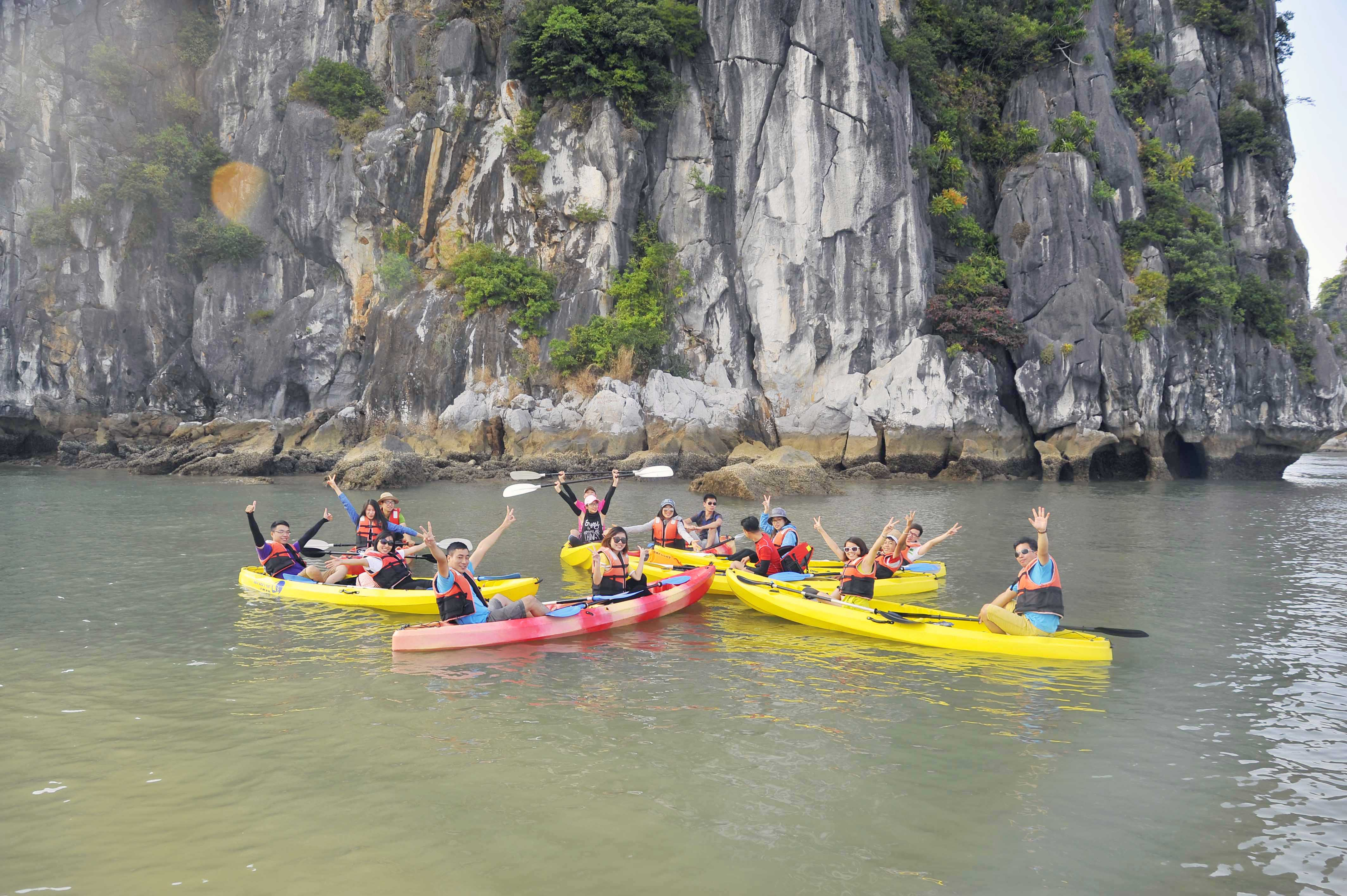 HA LONG BAY 1 DAY DELUXE TOUR 7