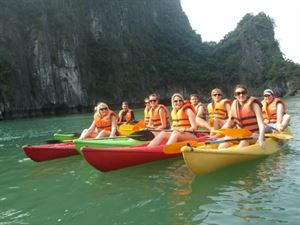 HA LONG BAY 2 DAYS - 1 NIGHT SLEEP ON THE 3 STAR BOAT 16