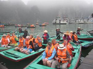 HA LONG BAY 2 DAYS - 1 NIGHT SLEEP ON THE 3 STAR BOAT 18