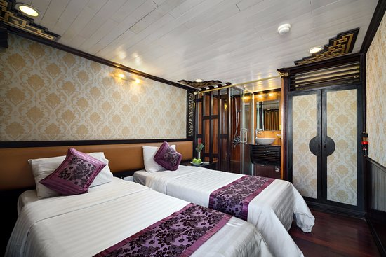 HA LONG BAY 2 DAYS - 1 NIGHT SLEEP ON THE 3 STAR BOAT 2