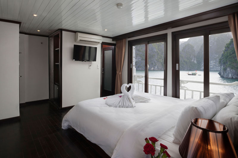 HA LONG BAY 2 DAYS - 1 NIGHT SLEEP ON THE BOAT 26