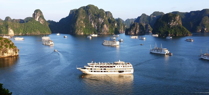 LUXURY  BAI TU LONG BAY  2 DAYS - 1 NIGHT TOUR SLEEP ON 5 STAR CRUISE 1