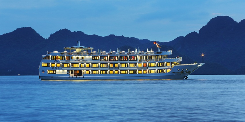 LUXURY  BAI TU LONG BAY  2 DAYS - 1 NIGHT TOUR SLEEP ON 5 STAR CRUISE 7