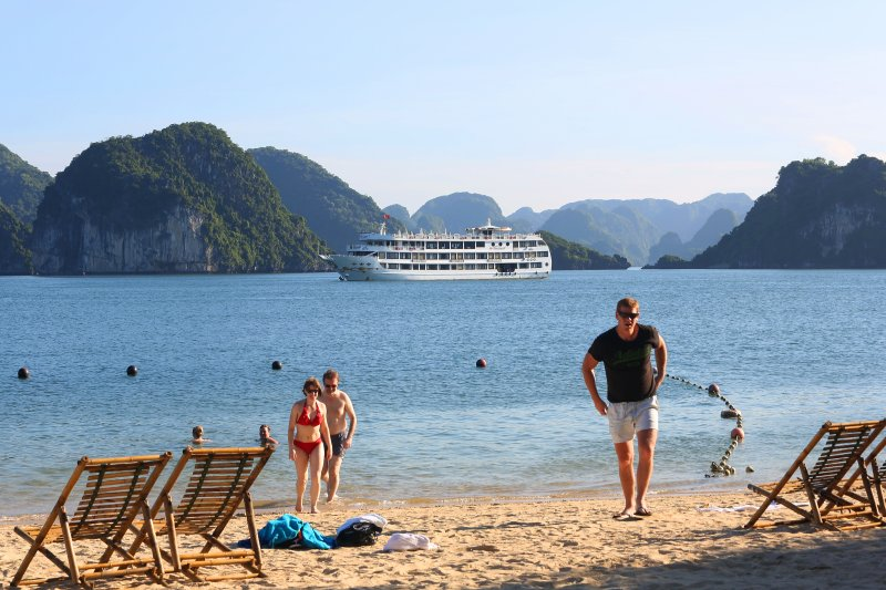 LUXURY  BAI TU LONG BAY  2 DAYS - 1 NIGHT TOUR SLEEP ON 5 STAR CRUISE 19