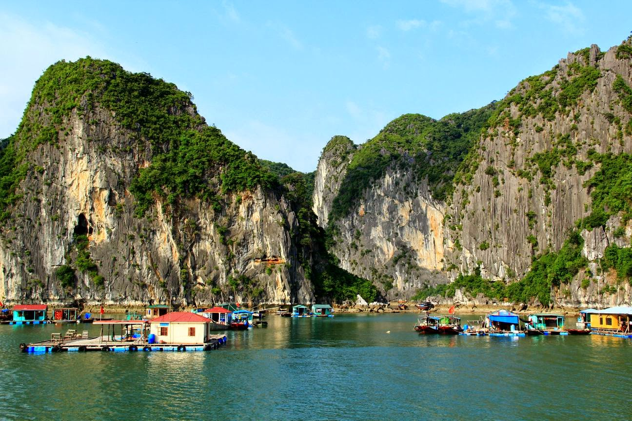 LUXURY HA LONG BAY 1 DAY TOUR 12